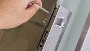 eddie and suns locksmith change locks